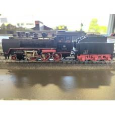 Marklin 3003  BR 24 Steam Locomotive and Tender